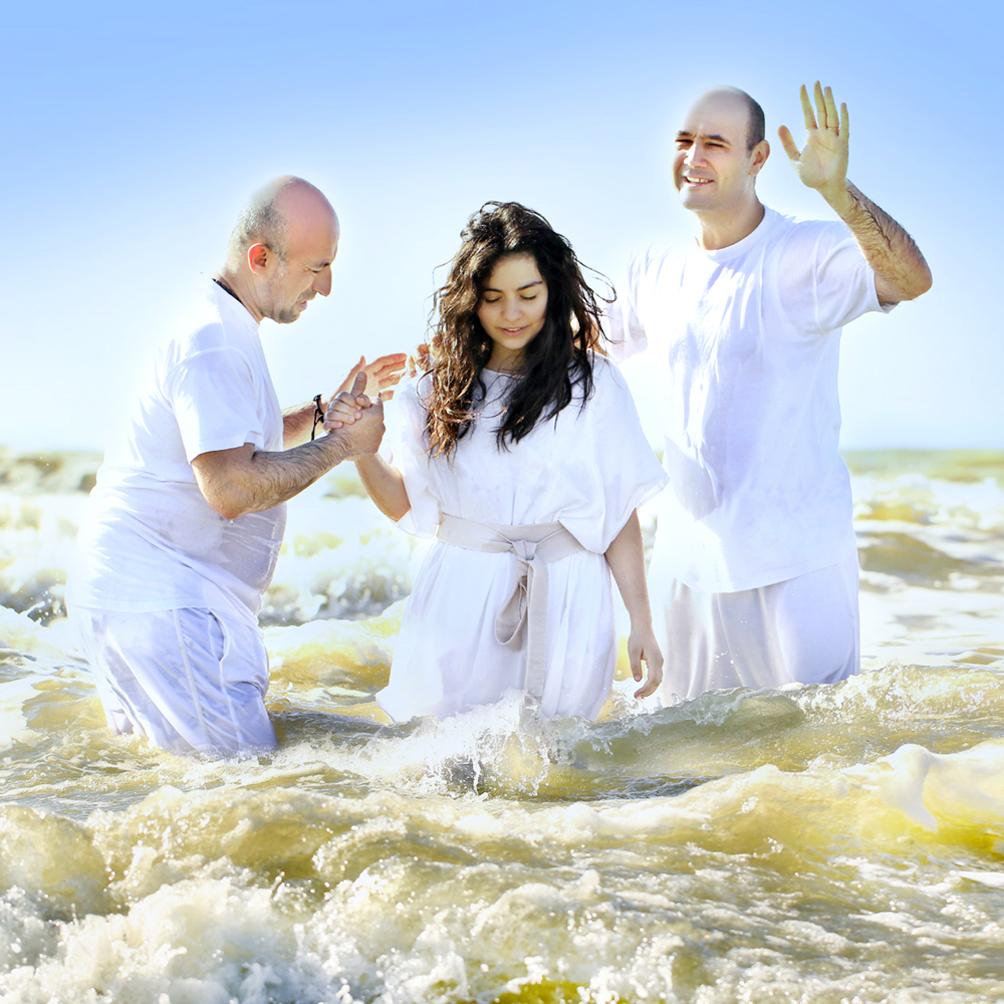 C 5 по 7 июня выезд на уик-энд и крещение в Ньюпорт